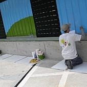 幸福藤-台北資訊園區-圍籬彩繪-彩繪師繪製線稿.jpg