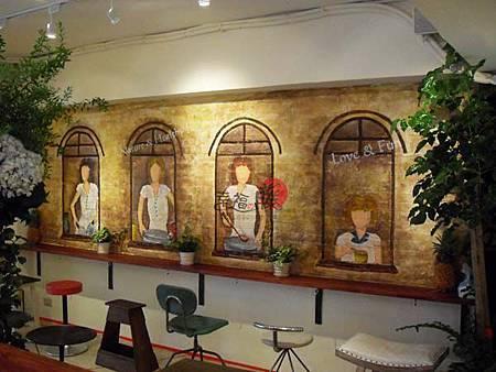 幸福藤-手繪壁畫、手工彩繪、彩繪藝術、牆壁藝術、牆面設計、壁畫藝術、商業彩繪、家飾彩繪、商業空間壁畫.jpg