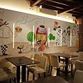 手繪壁畫、手工彩繪、牆面設計、壁畫藝術、家飾彩繪、牆面藝術、彩繪工程、彩繪藝術、彩繪、故事屋彩繪、故事屋壁畫-01