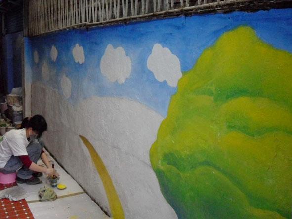 幸福藤 牆壁彩繪-為榮光育幼院義務彩繪-彩繪情況01.jpg