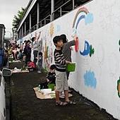 牆壁彩繪、手繪壁畫、壁畫工程、兒童房彩繪、彩繪工程、彩繪藝術、壁畫藝術、牆面設計、家飾彩繪--員工.親子彩繪實況-07.JPG