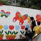 牆壁彩繪、手繪壁畫、壁畫工程、兒童房彩繪、彩繪工程、彩繪藝術、壁畫藝術、牆面設計、家飾彩繪--員工.親子彩繪實況-06.JPG