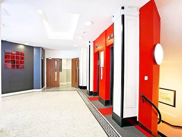 KIng-lobby