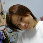 短髮.JPG