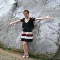 超大岩石也不少