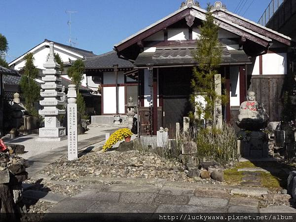 嵐山路邊小神社