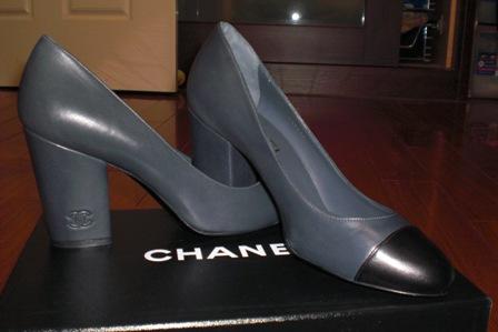 Chanel經典雙色粗跟高跟鞋