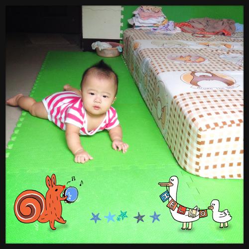 嬰兒六個月大.jpg