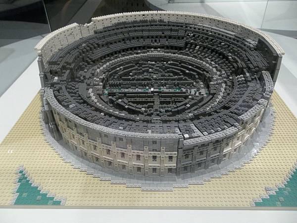 義大利羅馬競技場-1980年登錄世界文化遺產-積木數量7000顆