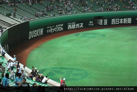 草皮7-11廣告.JPG