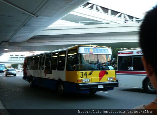3-接駁車.JPG