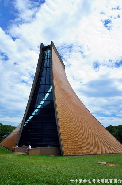 東海大學:【台中】東海大學朝聖,醉心路思義教堂