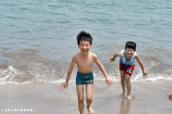 白沙灣:【台北】夏天來囉!玩水、玩沙、烤小人@白沙灣