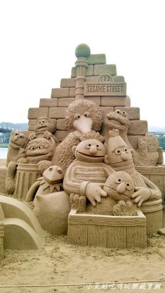 福隆海水浴場:2013 福隆國際沙雕藝術季,風雨無阻玩沙趣!