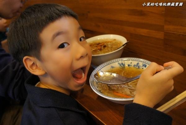 北門蒜味肉羹(二店):蒜香滿溢之排隊美食~北門蒜味肉羹