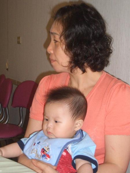 奶奶,也就是我媽,很愛魯大腸耶