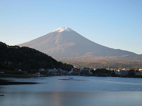 從房間看出去就是一顆這麼大的富士山正對著我們