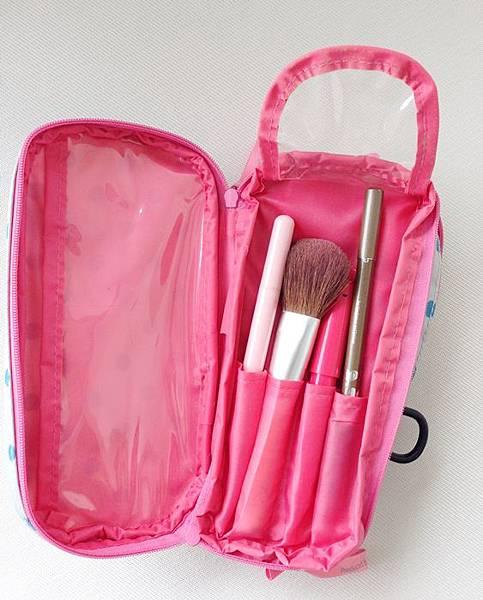 旅行彩妝-旅行化妝包-日雜贈品包 Rebecca Taylor 點點化妝包 (15)