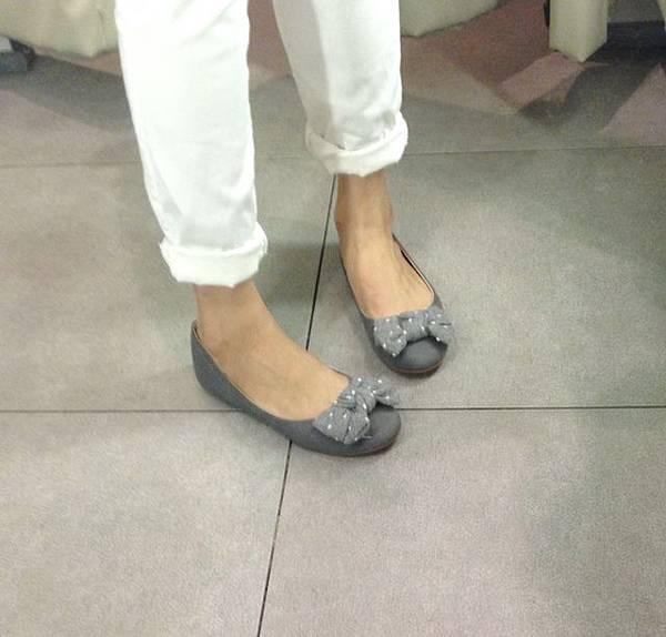 ZARA girl 灰色毛呢圓點點蝴蝶結娃娃鞋 (4)
