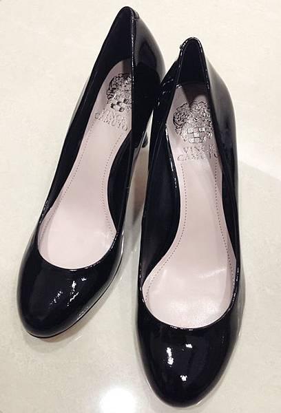 Vince Camuto-amazon購入-OL超百搭-黑色裸色漆皮高跟鞋 (33)