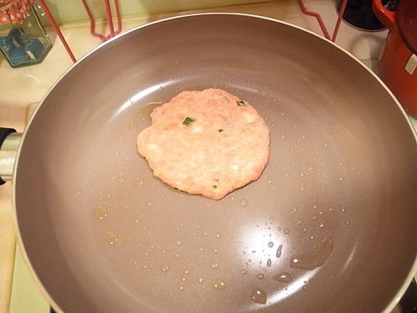 Mama Cook 綻粉陶瓷不沾鍋組-粉紅小廚房Pink粉紅鍋具-固崗平底鍋炒鍋木鏟 (65)
