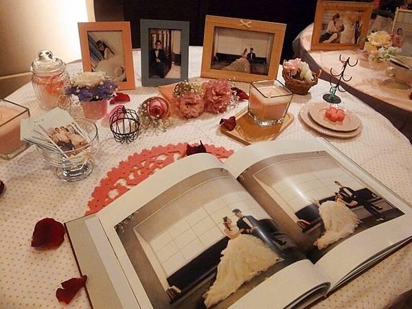 Daiso大創好物夢幻蕾絲水鑽粉紅玻璃蠟燭DIY小資新娘的婚禮佈置1
