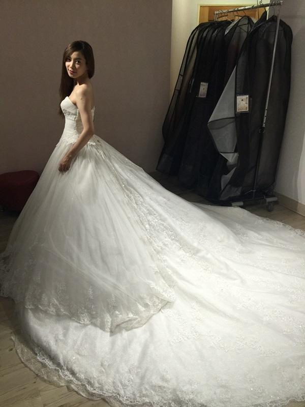 婚紗試穿-板橋愛維伊-白紗禮服試穿 (56)