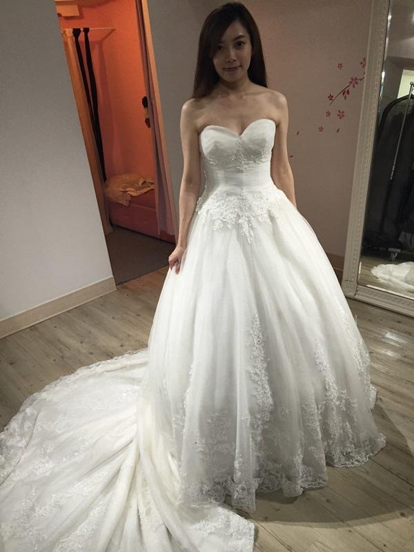 婚紗試穿-板橋愛維伊-白紗禮服試穿 (61)