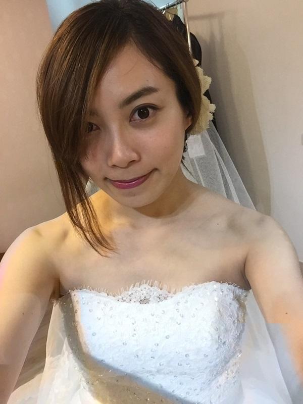 婚紗試穿-板橋愛維伊-白紗禮服試穿 (86)