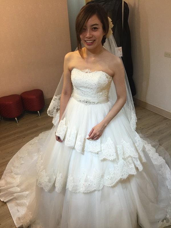 婚紗試穿-板橋愛維伊-白紗禮服試穿 (80)