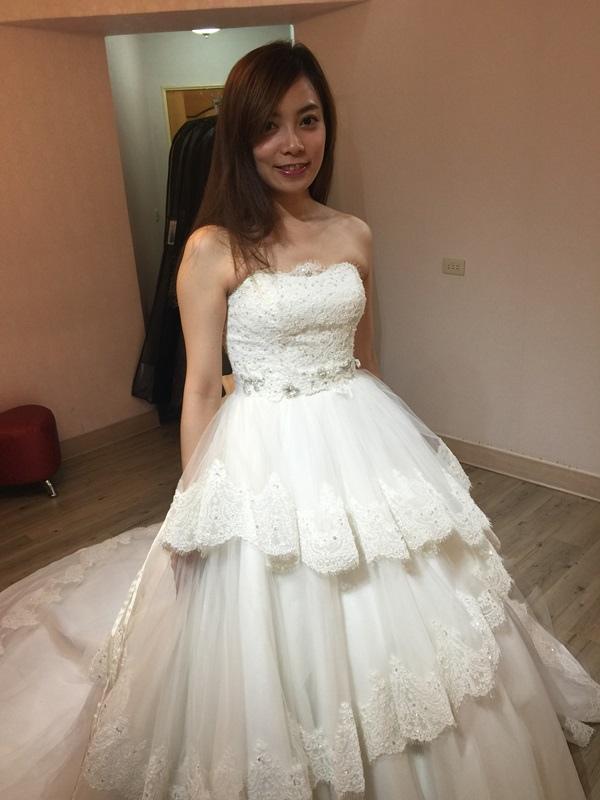 婚紗試穿-板橋愛維伊-白紗禮服試穿 (68)