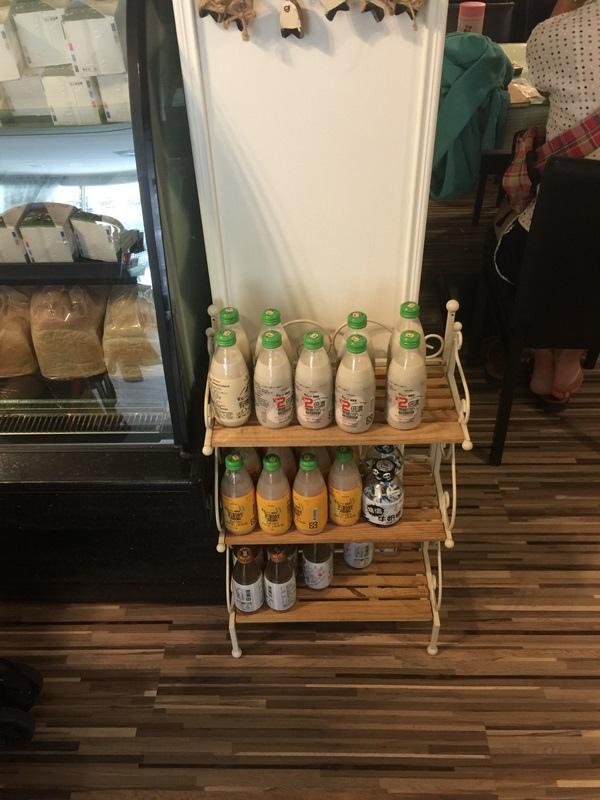 板橋早午餐Brunch-新埔捷運站1號出口-初鹿小站二店-台東初鹿牧場-高大鮮奶茶-初鹿鮮奶-冰淇淋-媽鈴吉-吐司 (9)