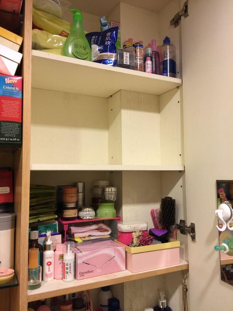 小套房佈置收納-單身粉紅小廚房-保養品櫃-化妝台 (5)