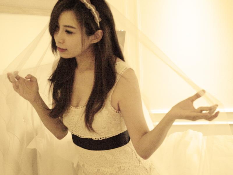 自己拍婚紗-越南自助婚紗-胡志明市粉紅教堂新定教堂西貢耶穌聖心堂拍婚紗-淘寶婚紗 (101)