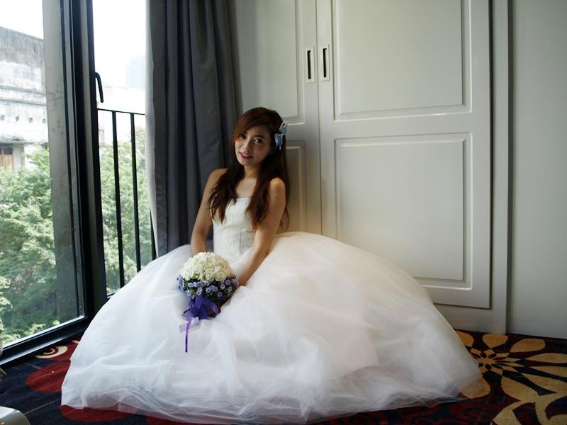 自己拍婚紗-越南自助婚紗-胡志明市粉紅教堂新定教堂西貢耶穌聖心堂拍婚紗-淘寶婚紗 (118)