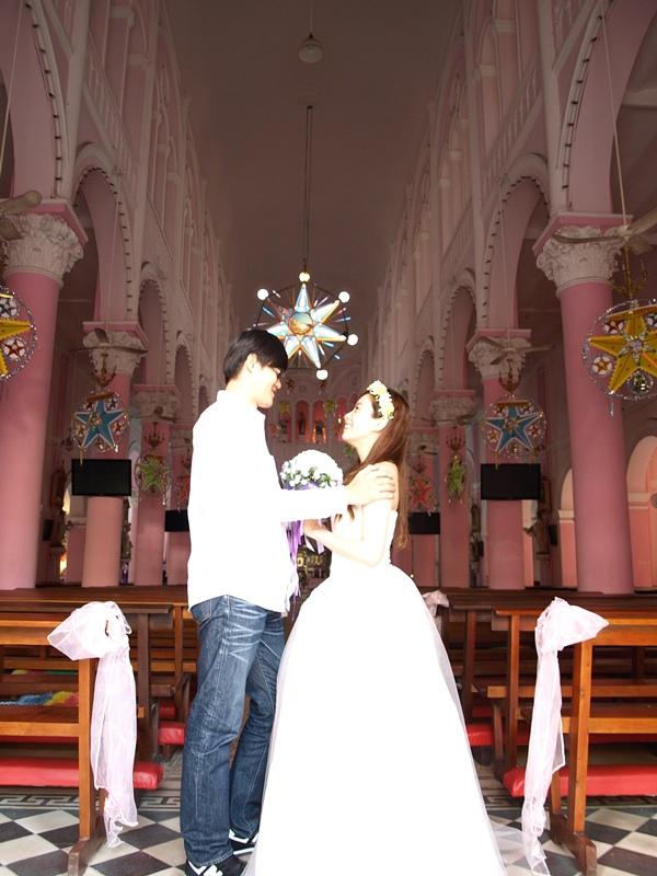 自己拍婚紗-越南自助婚紗-胡志明市粉紅教堂新定教堂西貢耶穌聖心堂拍婚紗-淘寶婚紗 (127)