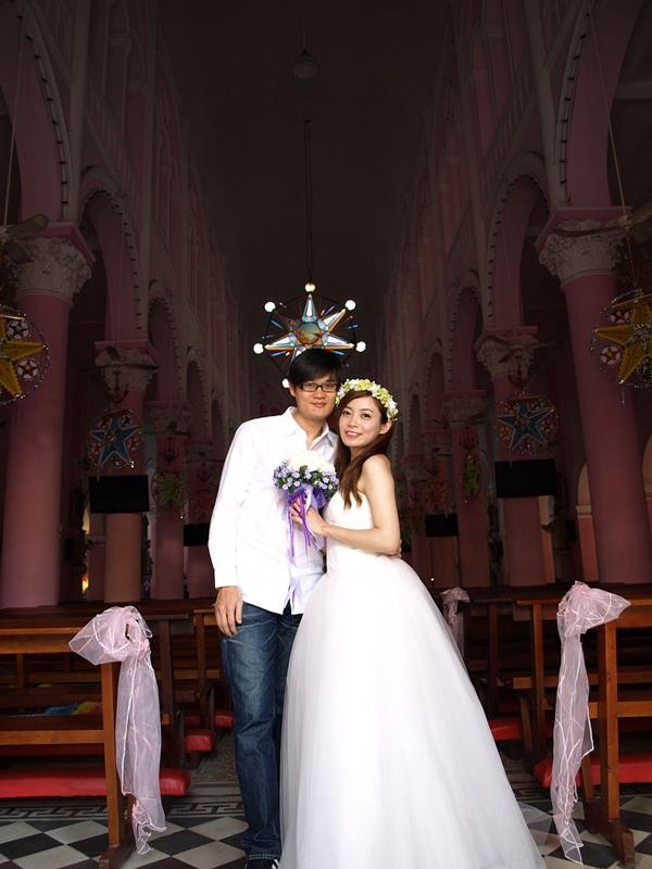 自己拍婚紗-越南自助婚紗-胡志明市粉紅教堂新定教堂西貢耶穌聖心堂拍婚紗-淘寶婚紗 (128)