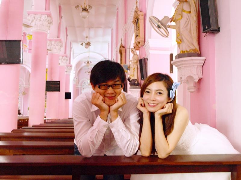 自己拍婚紗-越南自助婚紗-胡志明市粉紅教堂新定教堂西貢耶穌聖心堂拍婚紗-淘寶婚紗 (117)