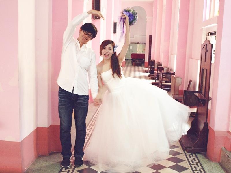 自己拍婚紗-越南自助婚紗-胡志明市粉紅教堂新定教堂西貢耶穌聖心堂拍婚紗-淘寶婚紗 (135)