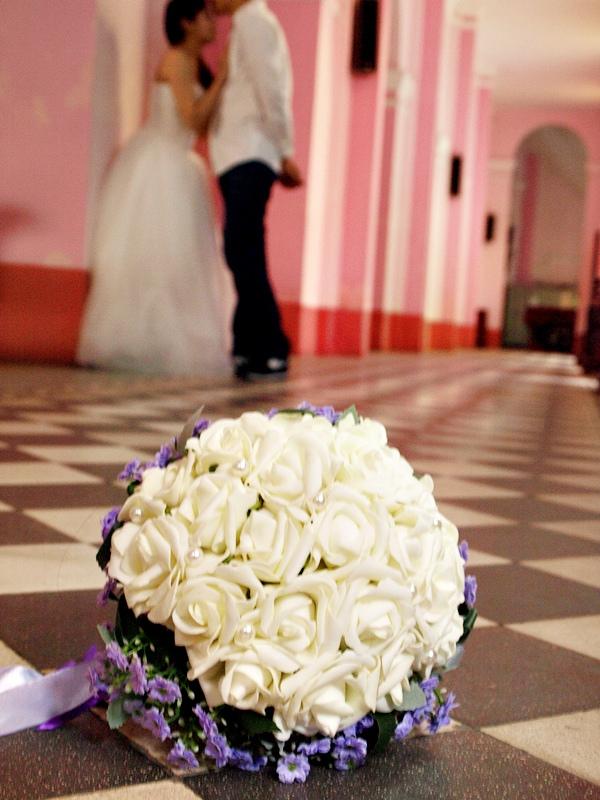 自己拍婚紗-越南自助婚紗-胡志明市粉紅教堂新定教堂西貢耶穌聖心堂拍婚紗-淘寶婚紗 (136)