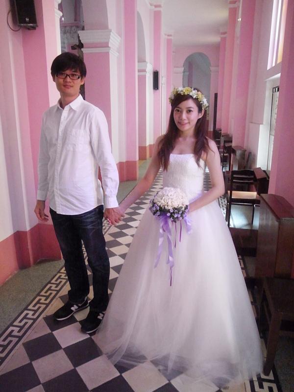 自己拍婚紗-越南自助婚紗-胡志明市粉紅教堂新定教堂西貢耶穌聖心堂拍婚紗-淘寶婚紗 (100)