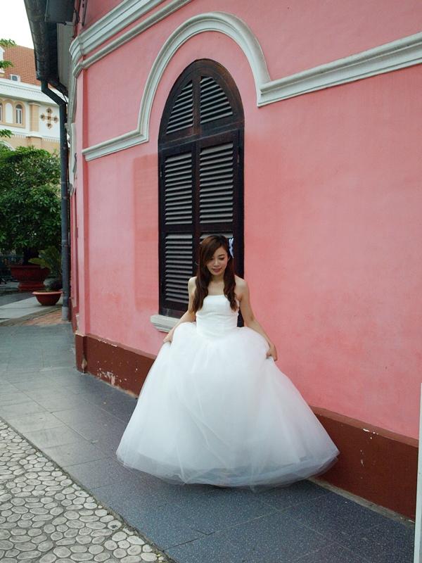 自己拍婚紗-越南自助婚紗-胡志明市粉紅教堂新定教堂西貢耶穌聖心堂拍婚紗-淘寶婚紗 (140)