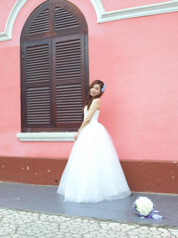 自己拍婚紗-越南自助婚紗-胡志明市粉紅教堂新定教堂西貢耶穌聖心堂拍婚紗-淘寶婚紗 (146)