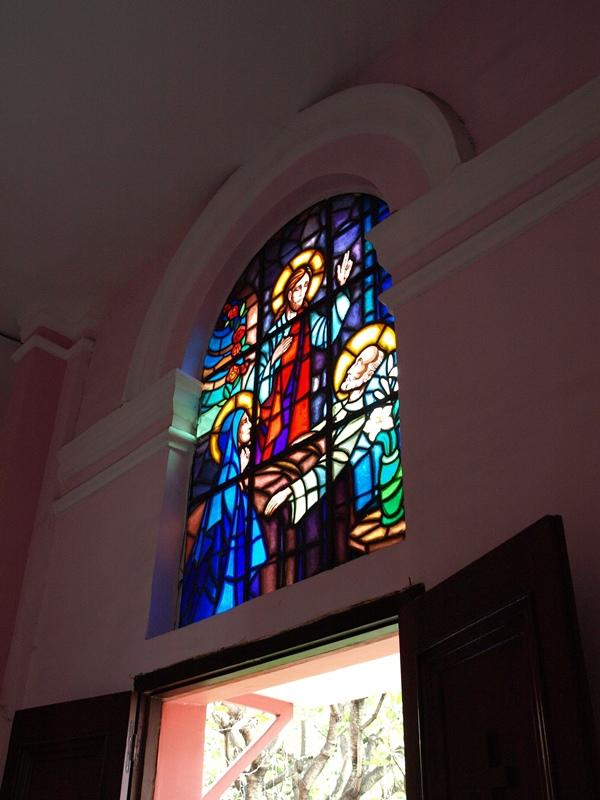 自己拍婚紗-越南自助婚紗-胡志明市粉紅教堂新定教堂西貢耶穌聖心堂拍婚紗-淘寶婚紗 (137)