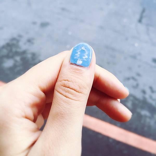 光療指甲DIY-12月的聖誕光療-銀色雪國耶誕 (1)