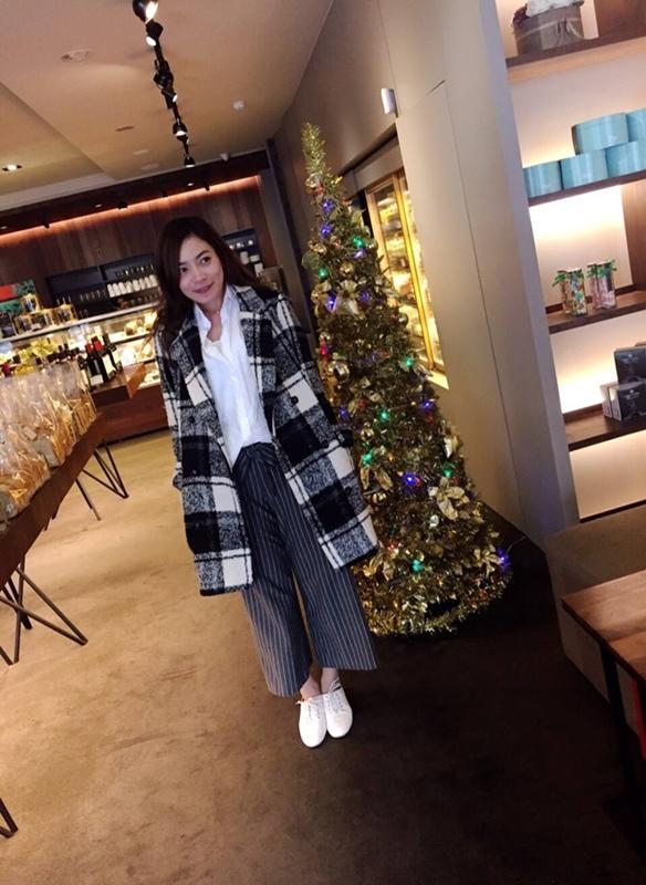 淘寶買衣服-supernini獨家定製-nini家-皮裙寬褲襯衫 (28)