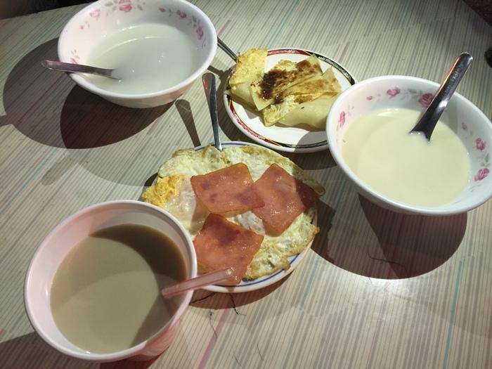 豆奶宗-台南小吃美食宵夜推薦-中西區-古早味早餐 (15)