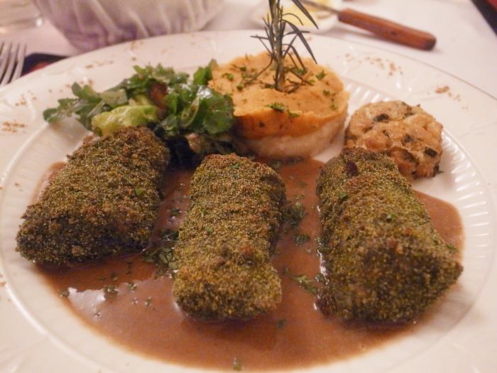 越南旅遊胡志明市自助旅行必吃法國料理推薦法國餐廳trois gourmands 3G法國料理超威甜點美食起司 (102)