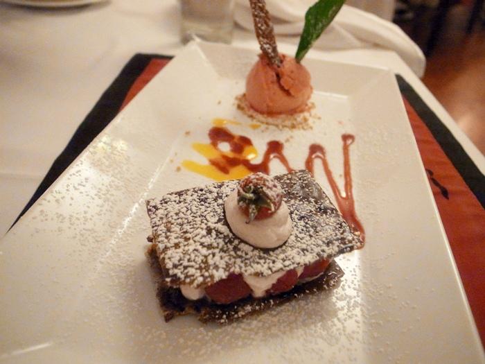 越南旅遊胡志明市自助旅行必吃法國料理推薦法國餐廳trois gourmands 3G法國料理超威甜點美食起司 (124)