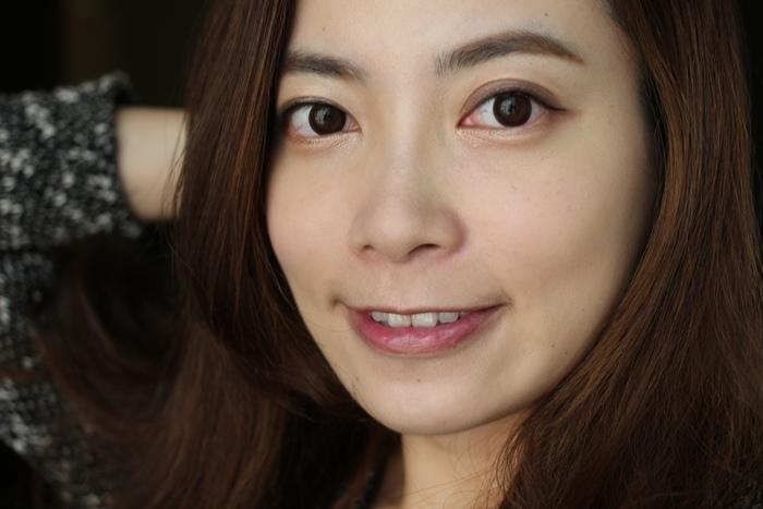Elizabeth bon bon tint gloss 日本藥妝戰利品 血紅色唇彩 不掉色美容液唇蜜(75)